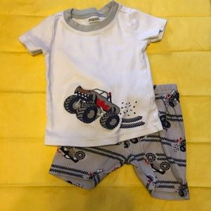18-24 Gymboree pj short set